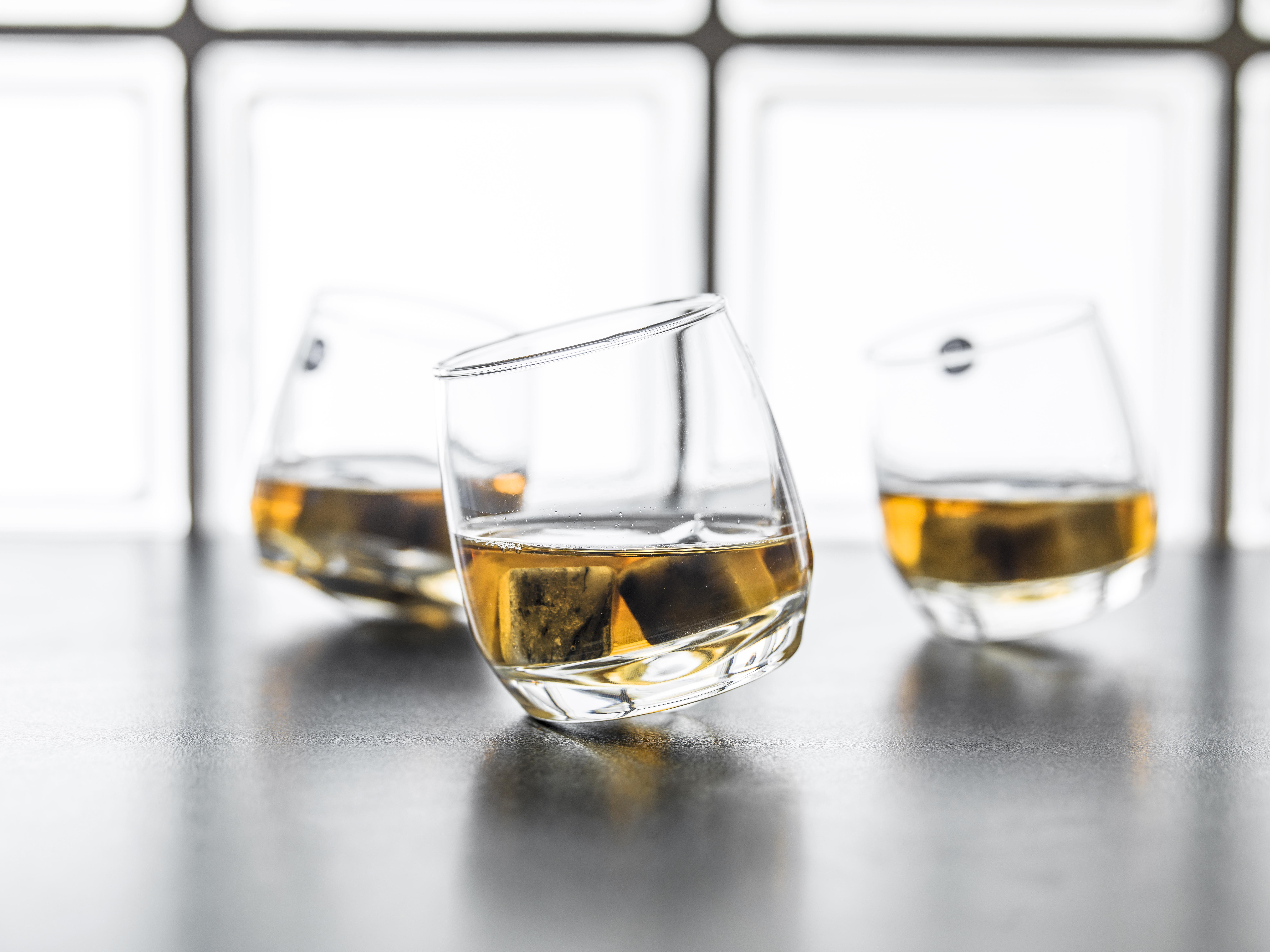 Det här glaset blir definitivt ett diskussionsämne bland vänner och bekanta på bjudningen eller festen.